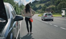 Advertisement: CARGLASS Taking safe choices