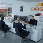 Advertisement: CARGLASS Free wipers BOSCH